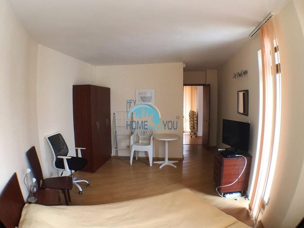 Таунхаус с тремя спальнями в хорошем комплексе в местности Кошарица 25