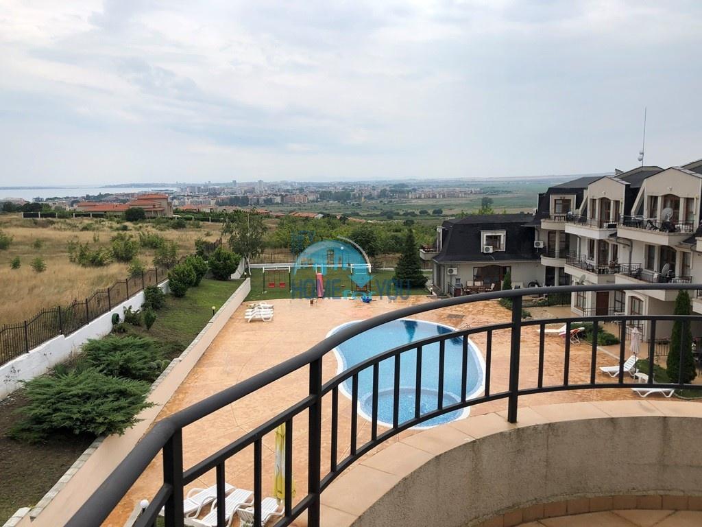 Новая трехкомнатная квартира с прекрасной панорамой, Кошарица