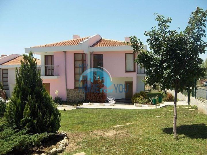 Двухэтажный дом в Кошарице около Солнечного берега
