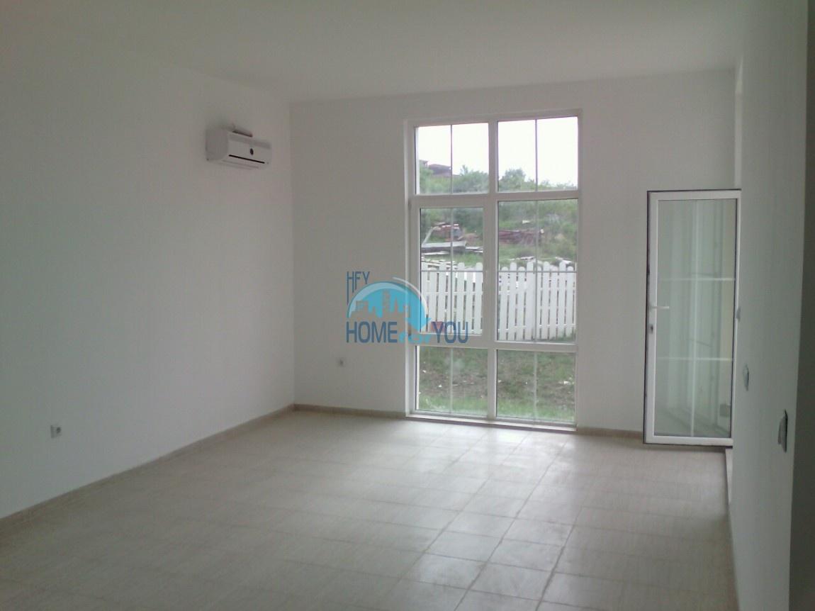 Новый отдельный капитальный дом в Кошарице 7