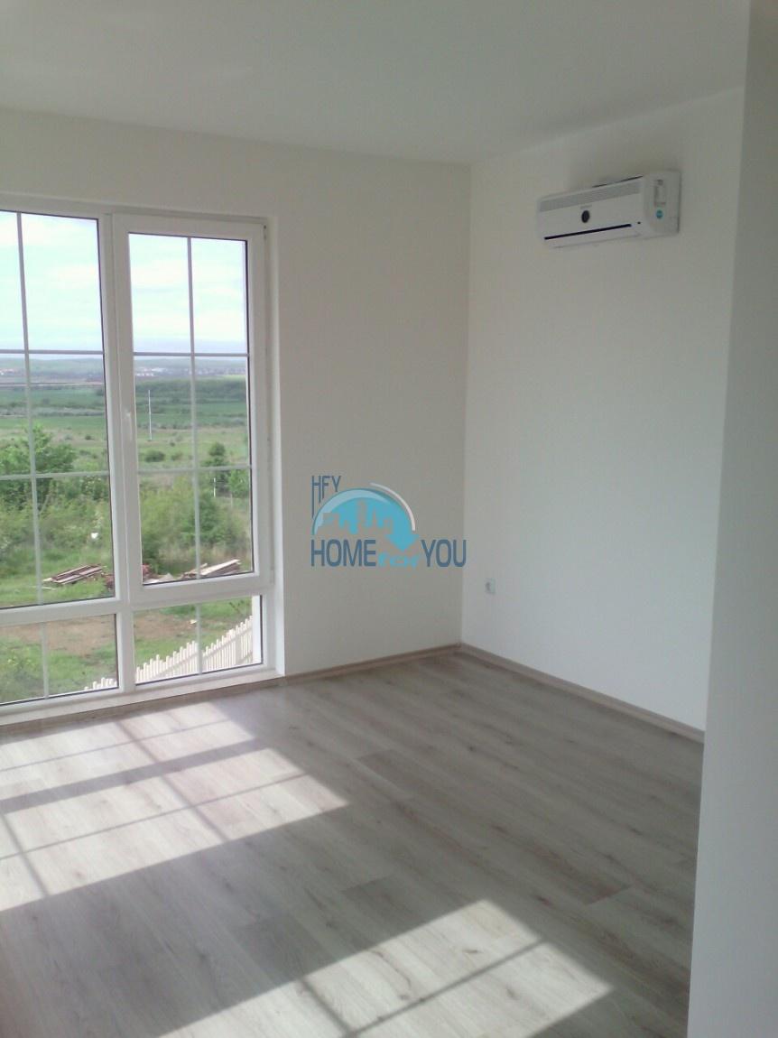 Новый отдельный капитальный дом в Кошарице 8