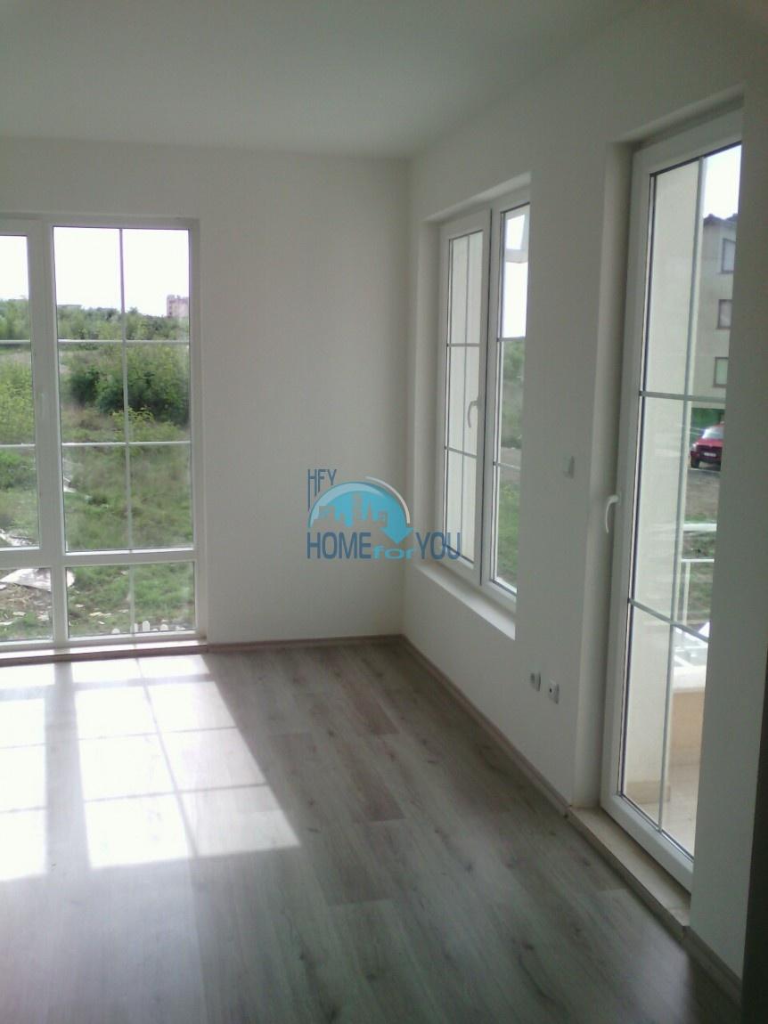 Новый отдельный капитальный дом в Кошарице 9