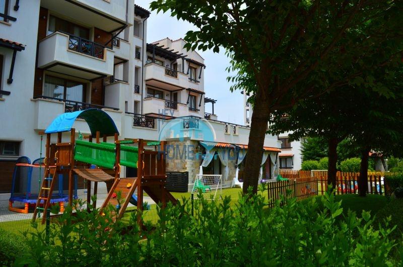 Меблированная трехкомнатная квартира на первой линии в Оазис Резорт & Спа, с.Лозенец 23