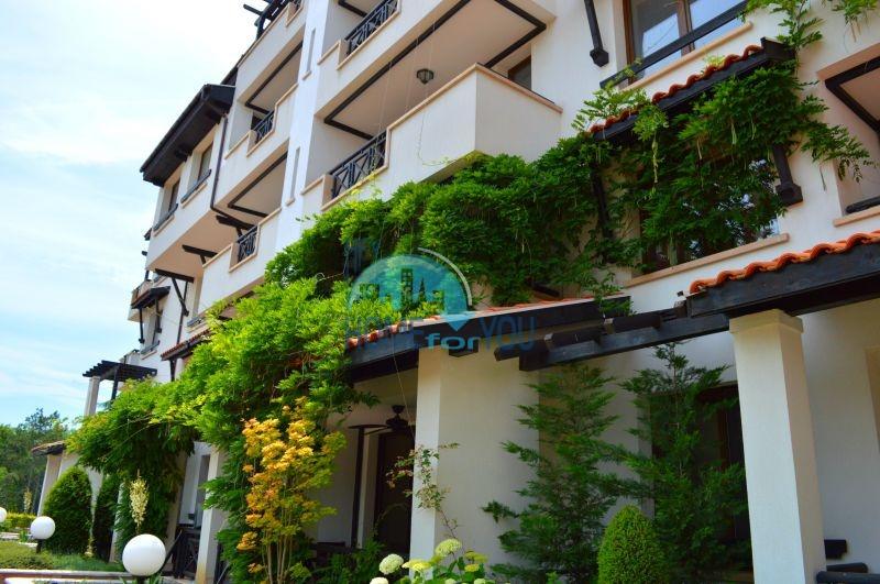 Меблированная трехкомнатная квартира на первой линии в Оазис Резорт & Спа, с.Лозенец 25