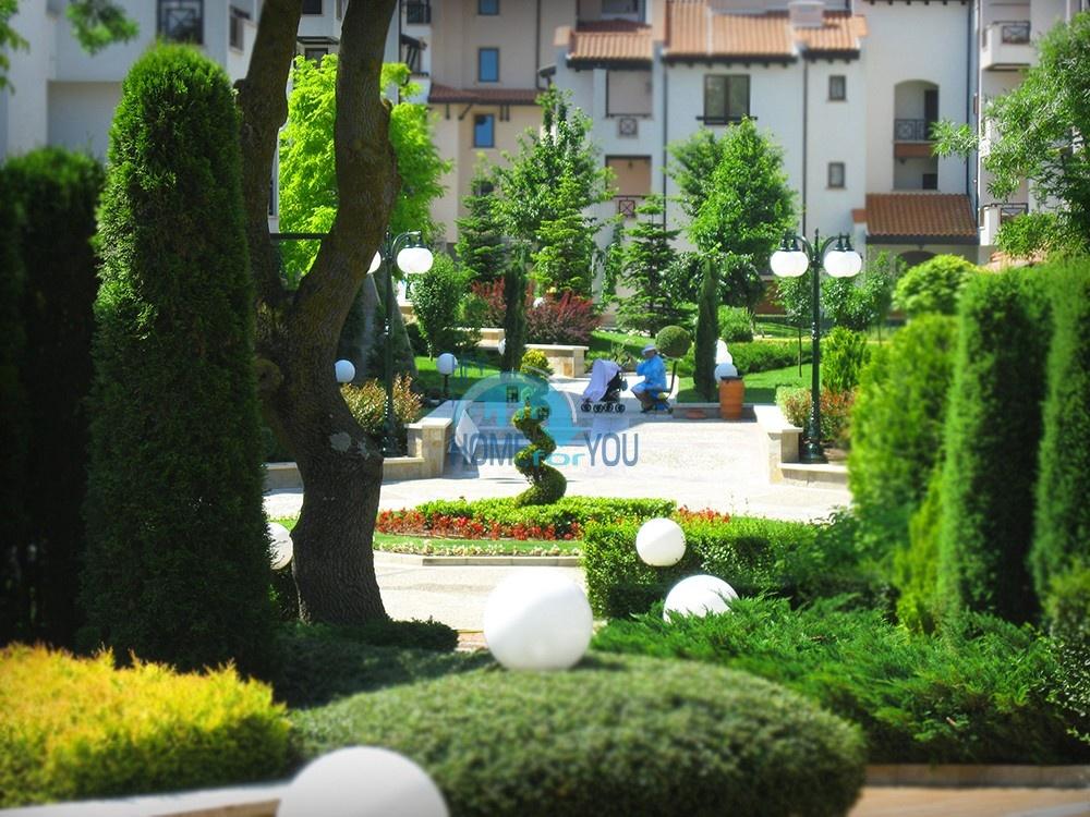 Светлая двухкомнатная квартира с прекрасным видом в роскошном комплексе Oasis Resort And Spa, Лозенец 18