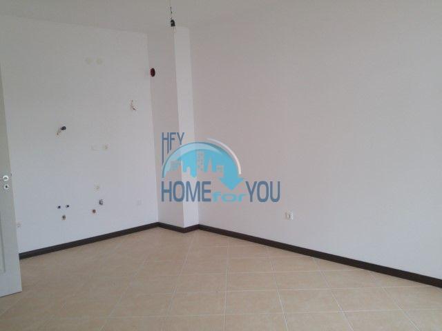 Двухкомнатная новая квартира в комплексе Оазис 15