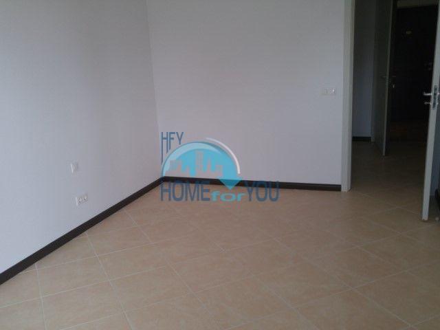 Двухкомнатная новая квартира в комплексе Оазис 17