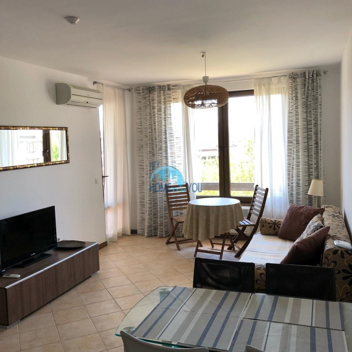 Меблированная квартира в комплексе Оазис, курорт Лозенец 2