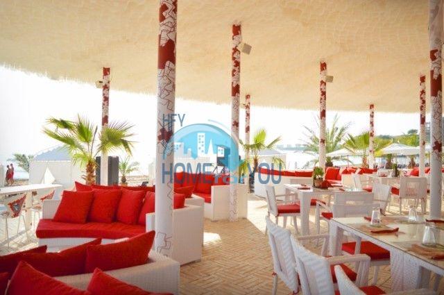 Отличная трехкомнатная квартира с видом на море в Оазисе 4