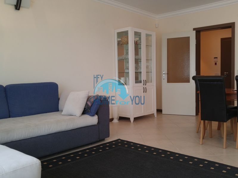 Отличная трехкомнатная квартира с видом на море в Оазисе 13