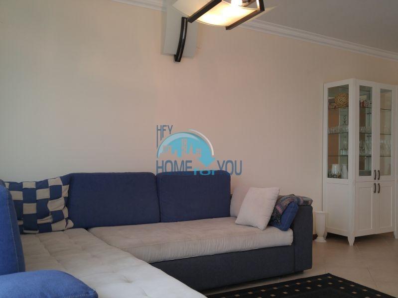 Отличная трехкомнатная квартира с видом на море в Оазисе 14