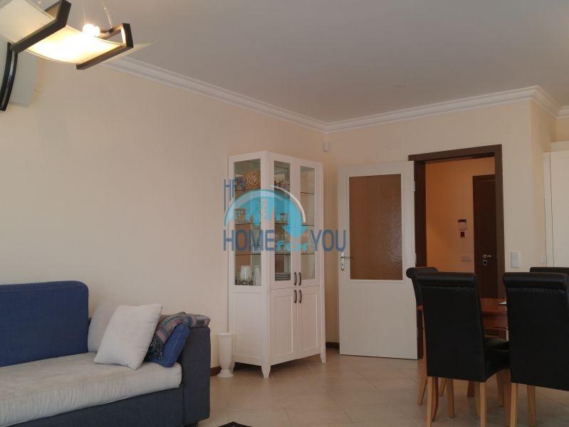 Отличная трехкомнатная квартира с видом на море в Оазисе 15