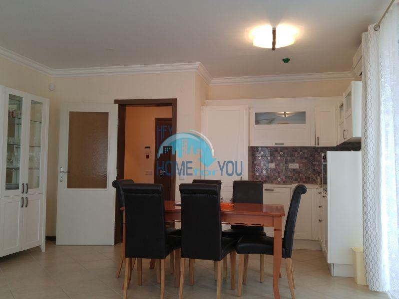 Отличная трехкомнатная квартира с видом на море в Оазисе 16