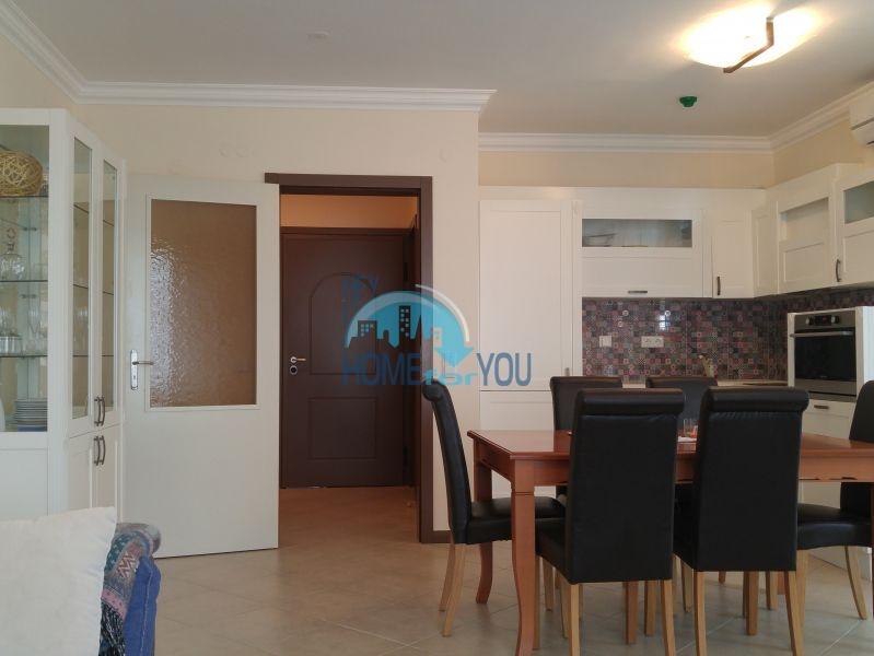 Отличная трехкомнатная квартира с видом на море в Оазисе 19