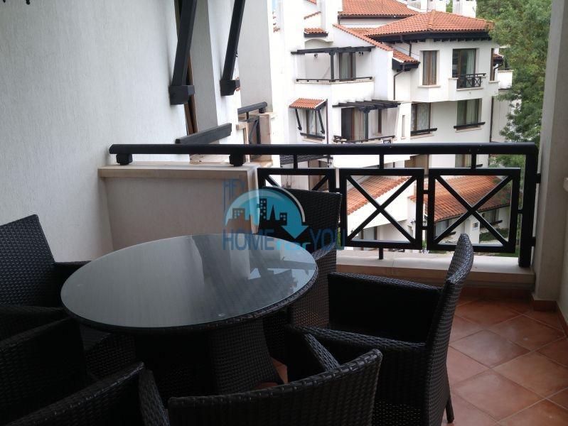 Отличная трехкомнатная квартира с видом на море в Оазисе 21