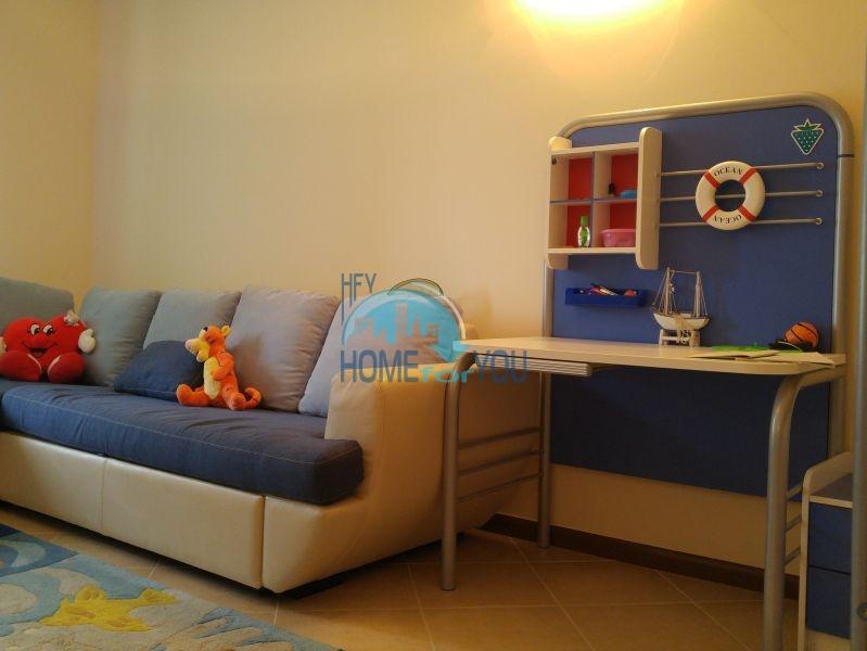 Отличная трехкомнатная квартира с видом на море в Оазисе 24