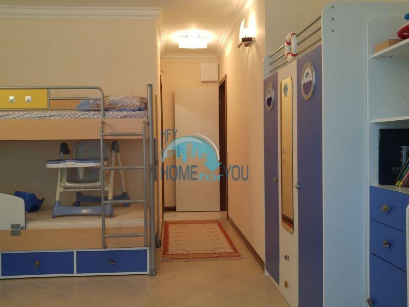 Отличная трехкомнатная квартира с видом на море в Оазисе 27