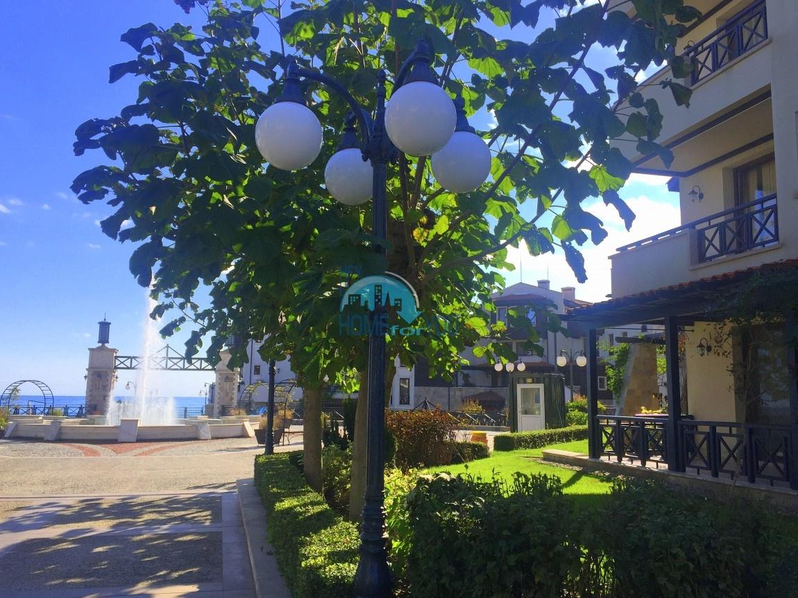 Прекрасная меблированная квартира с невероятным видом на море в исключительном и уникальном комплексе Oasis Resort & Spa, Лозенец