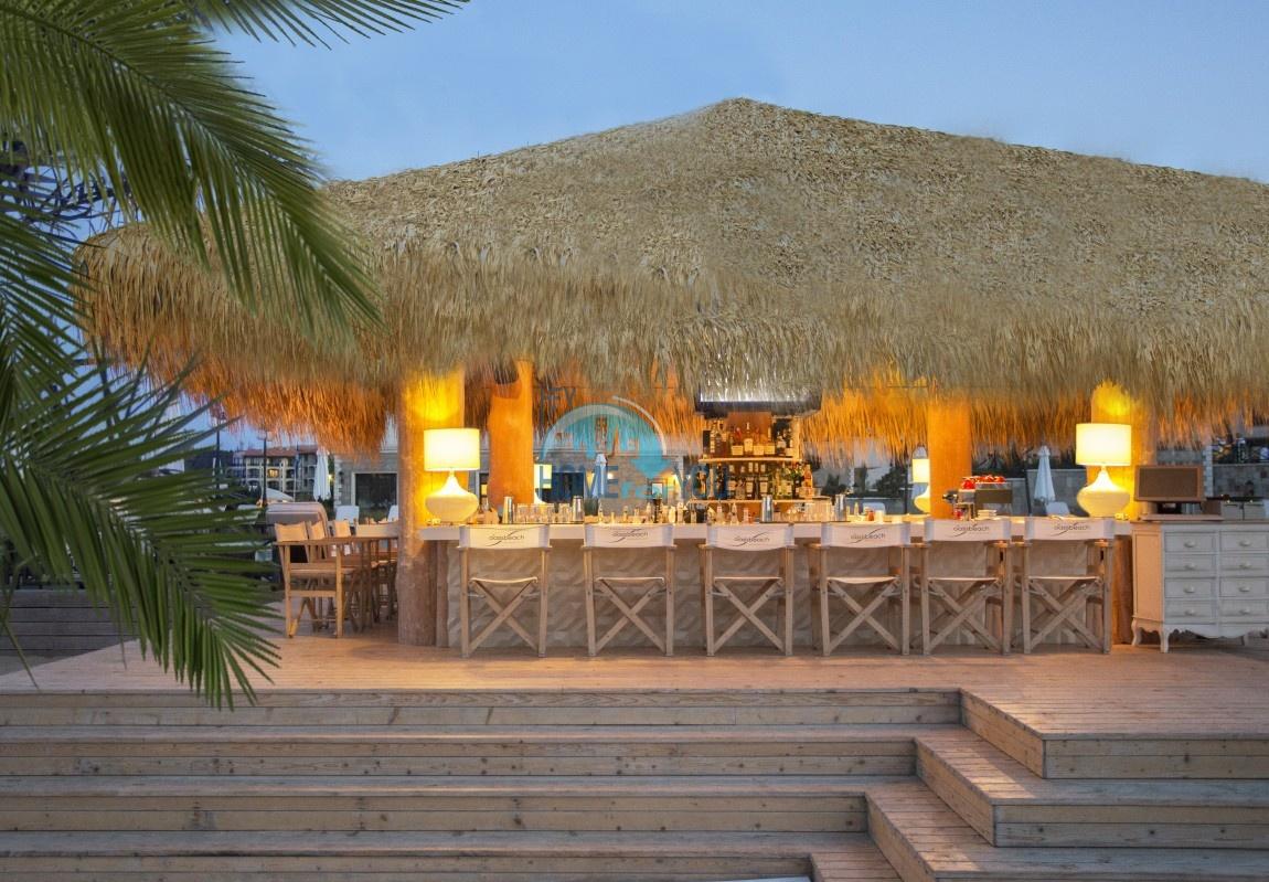 Прекрасный двухкомнатный апартамент на первой линии моря по выгодной цене в элитном комплексе Oasis Resort And Spa 27