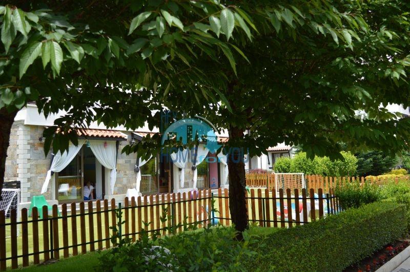 Роскошный трехкомнатный апартамент с выходом в сад с террасы в элитном Оазис Резорт и Спа, Лозенец 29