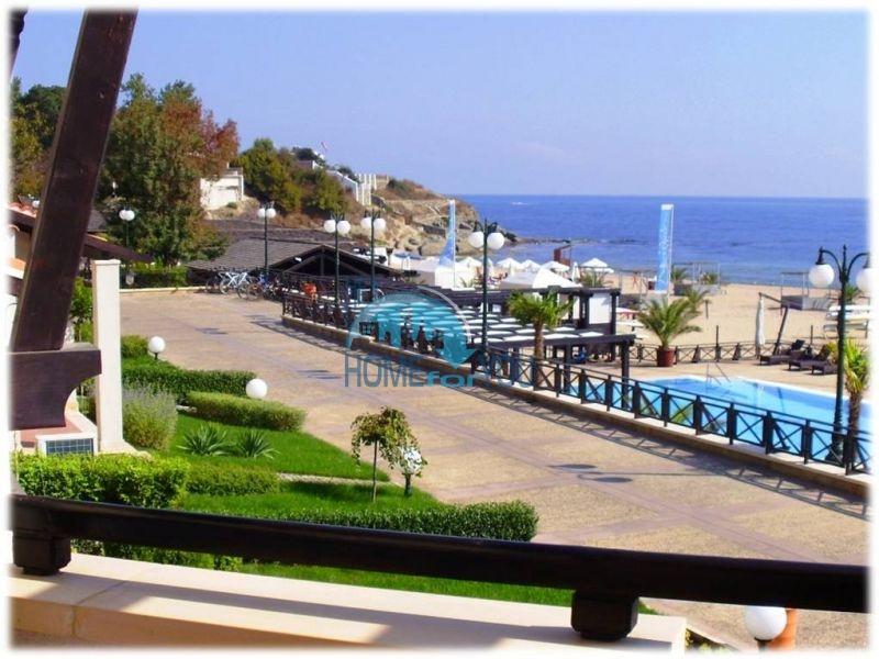 Продажа меблированной квартиры с видом на море в Лозенце