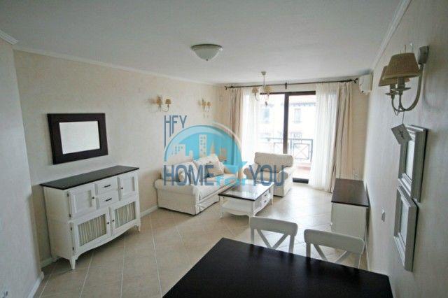 Элитная квартира на первой линии моря в комплексе Оазис Резорт и Спа, Лозенец