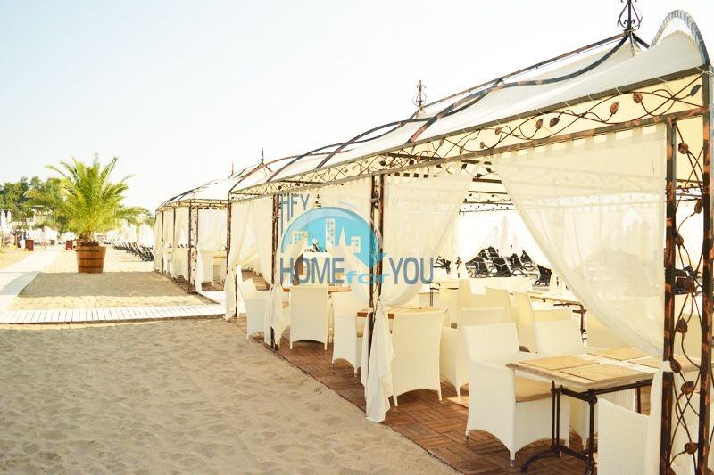 Меблированная светлая студия с частичным видом на море в элитном комплексе Oasis Resort & Spa, Лозенец 16