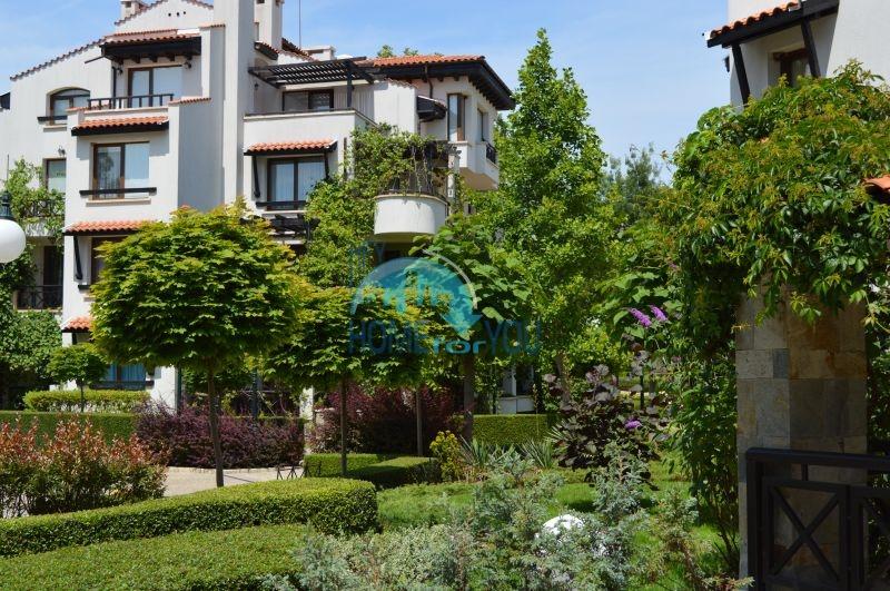 Элитная трехкомнатная квартира с прекрасным видом на море в шикарном Oasis Resort & Spa, Лозенец 16