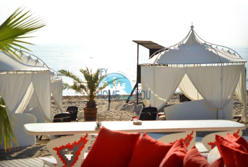 Элитная трехкомнатная квартира с прекрасным видом на море в шикарном Oasis Resort & Spa, Лозенец 18