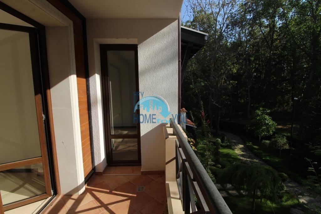 Просторная четырехкомнатная квартира в элитном комплексе в Лозенце 28