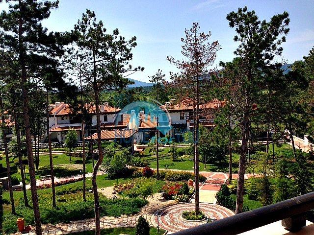 Светлая двухкомнатная квартира с прекрасным видом в роскошном комплексе Oasis Resort And Spa, Лозенец 13