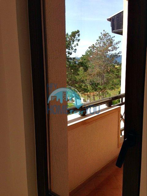 Светлая двухкомнатная квартира с прекрасным видом в роскошном комплексе Oasis Resort And Spa, Лозенец 10