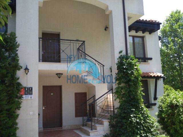 Супер люкс - трехкомнатная квартира на первой линии моря в элитном Оазис Резорт и Спа, курорт Лозенец