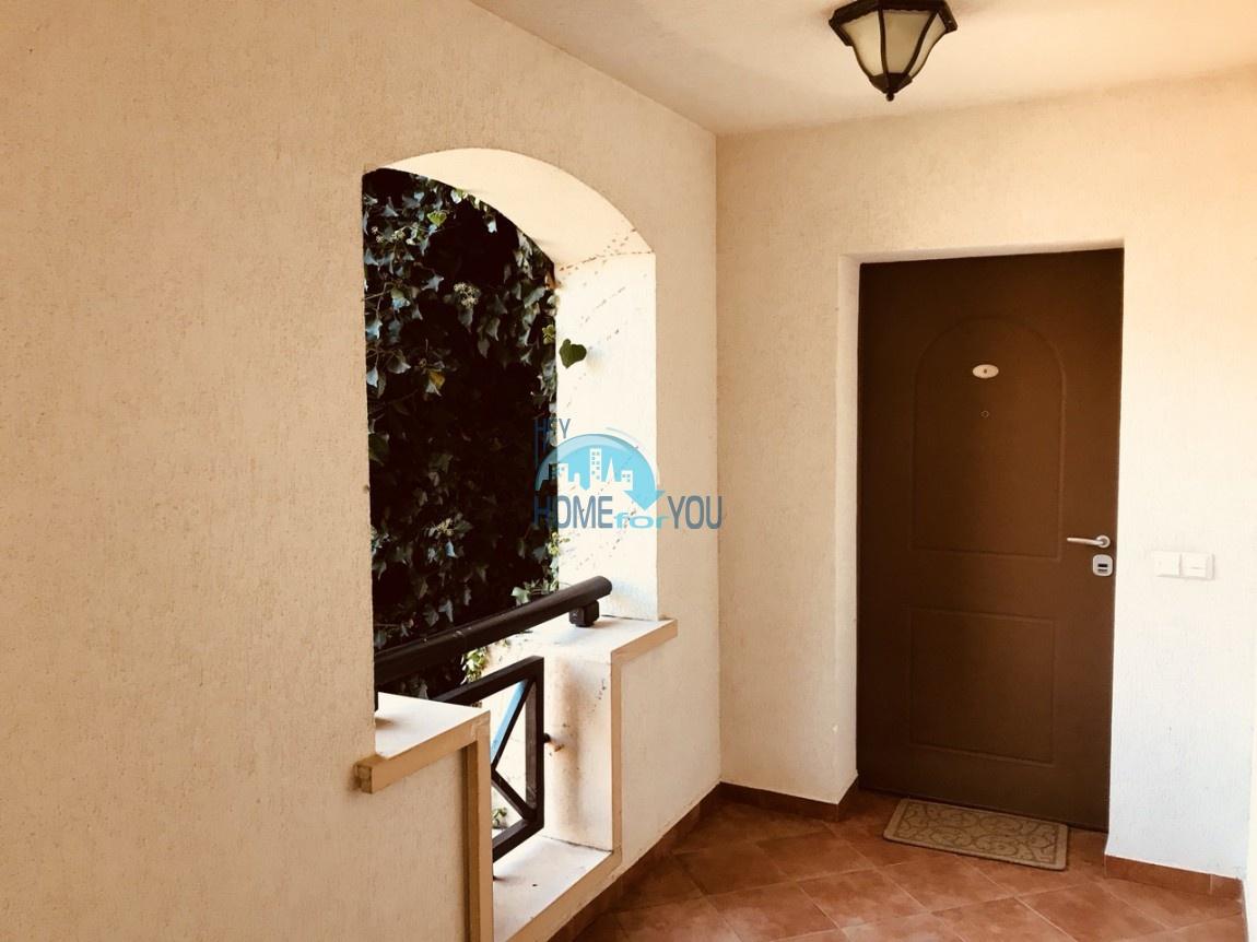Шикарная трехкомнатная квартира в уникальном комплексе Oasis Resort & Spa на первой линии моря в п. Лозенец 23