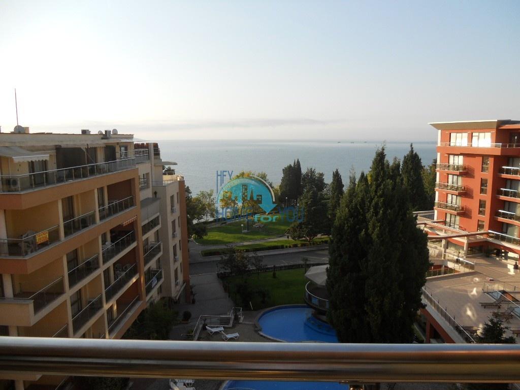 Студия на первой линии с видом на море в городе Несебр, комплекс
