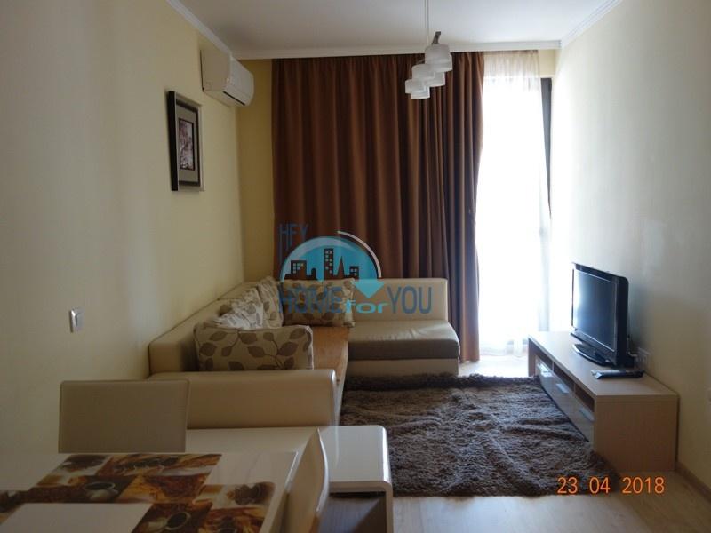 Двухкомнатная квартира в жилом комплексе Вила Рома, Несебр