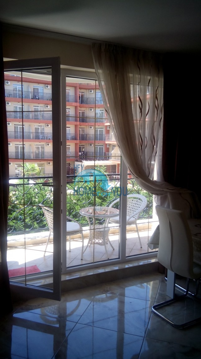 Двухкомнатная квартиру с прекрасным месторасположением в новом роскошном комплексе для постоянного проживания и летнего отдыха Венера Палас