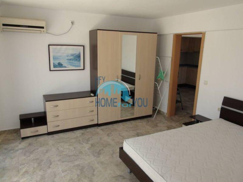 Двухуровневая просторная квартира с видом на море в Несебре 8