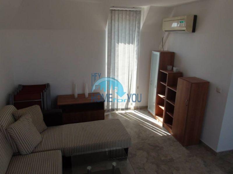Двухуровневая просторная квартира с видом на море в Несебре 9