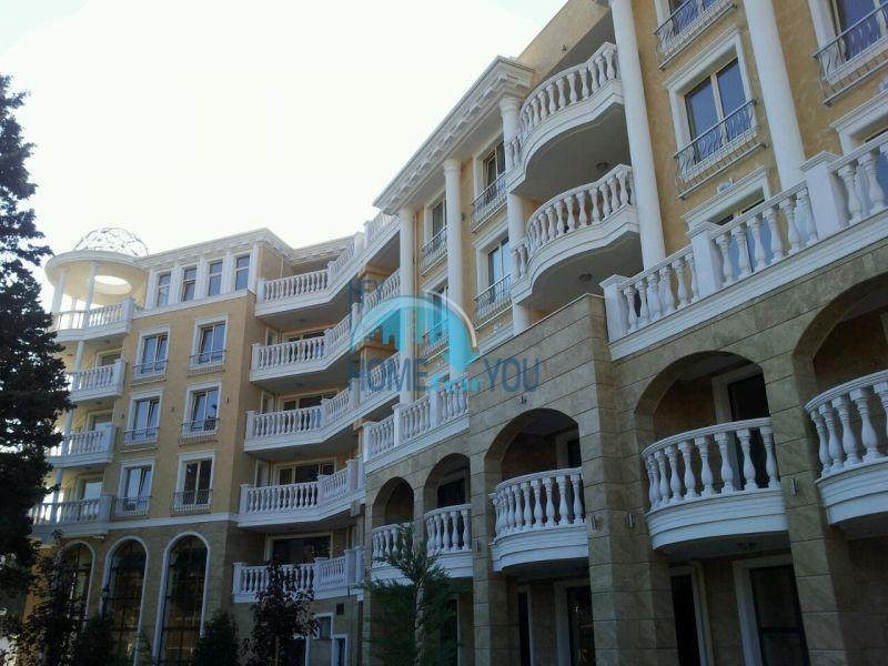 Городская недвижимость для ПМЖ - элитная двухкомнатная квартира в Несебре 18