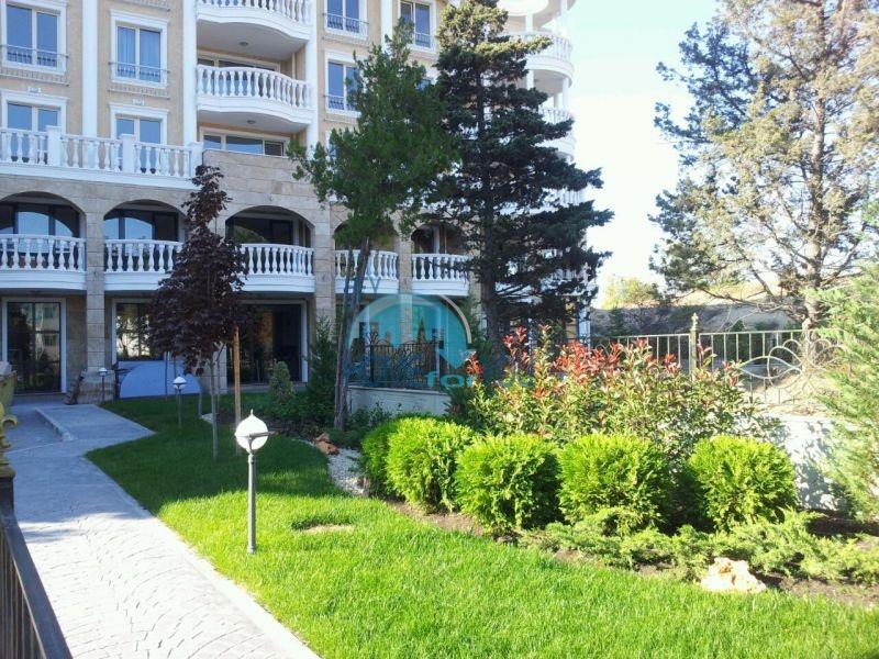 Городская недвижимость для ПМЖ - элитная двухкомнатная квартира в Несебре 20