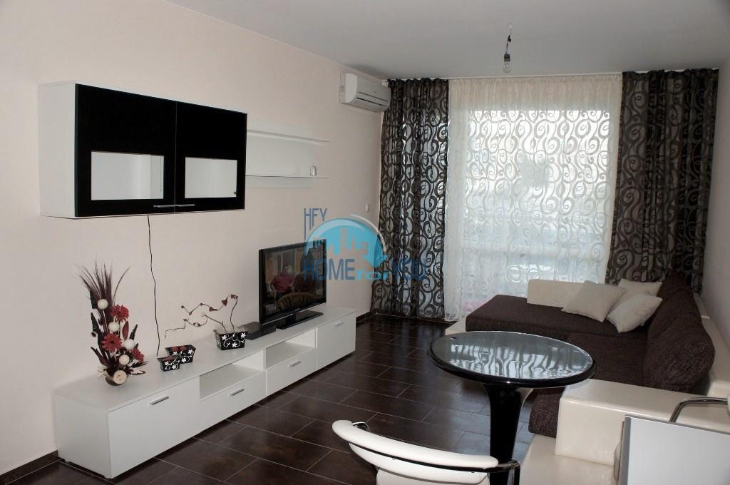 Люксозная двухкомнатная квартира в комплексе Одисей в Несебре