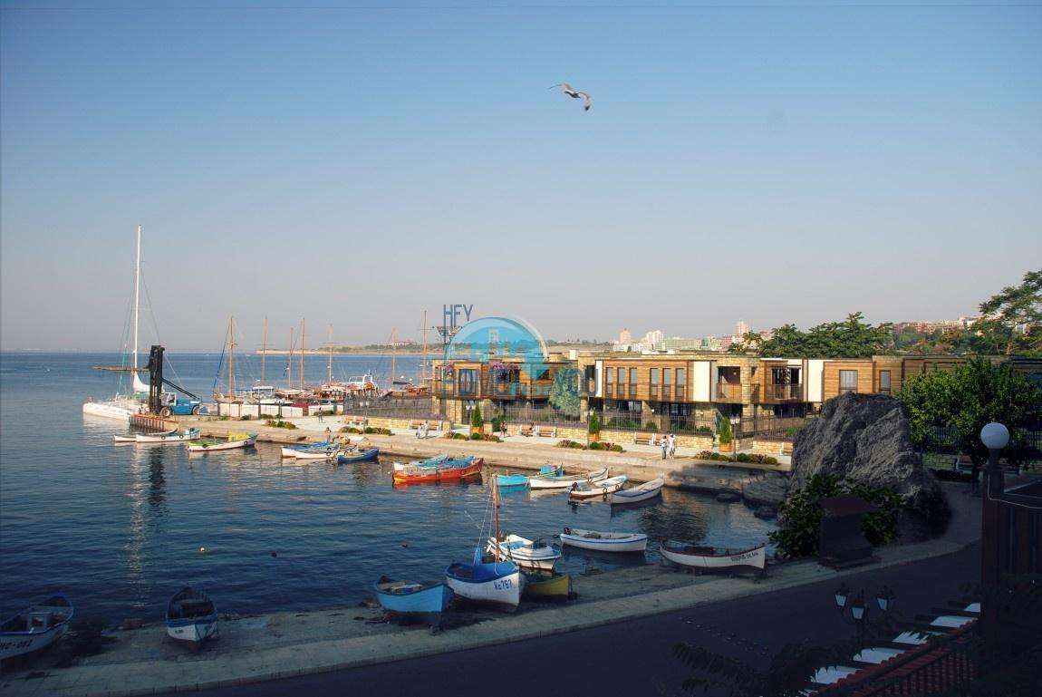 «Marina Nessebar Houses» – великолепные двухэтажные виллы на первой линии в яхт-порту восхитительного и волшебного города Несебр
