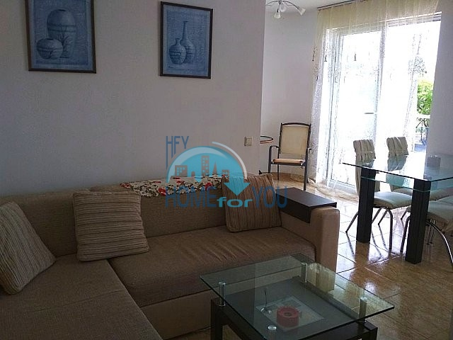 Меблированная двухкомнатная квартира в Несебре