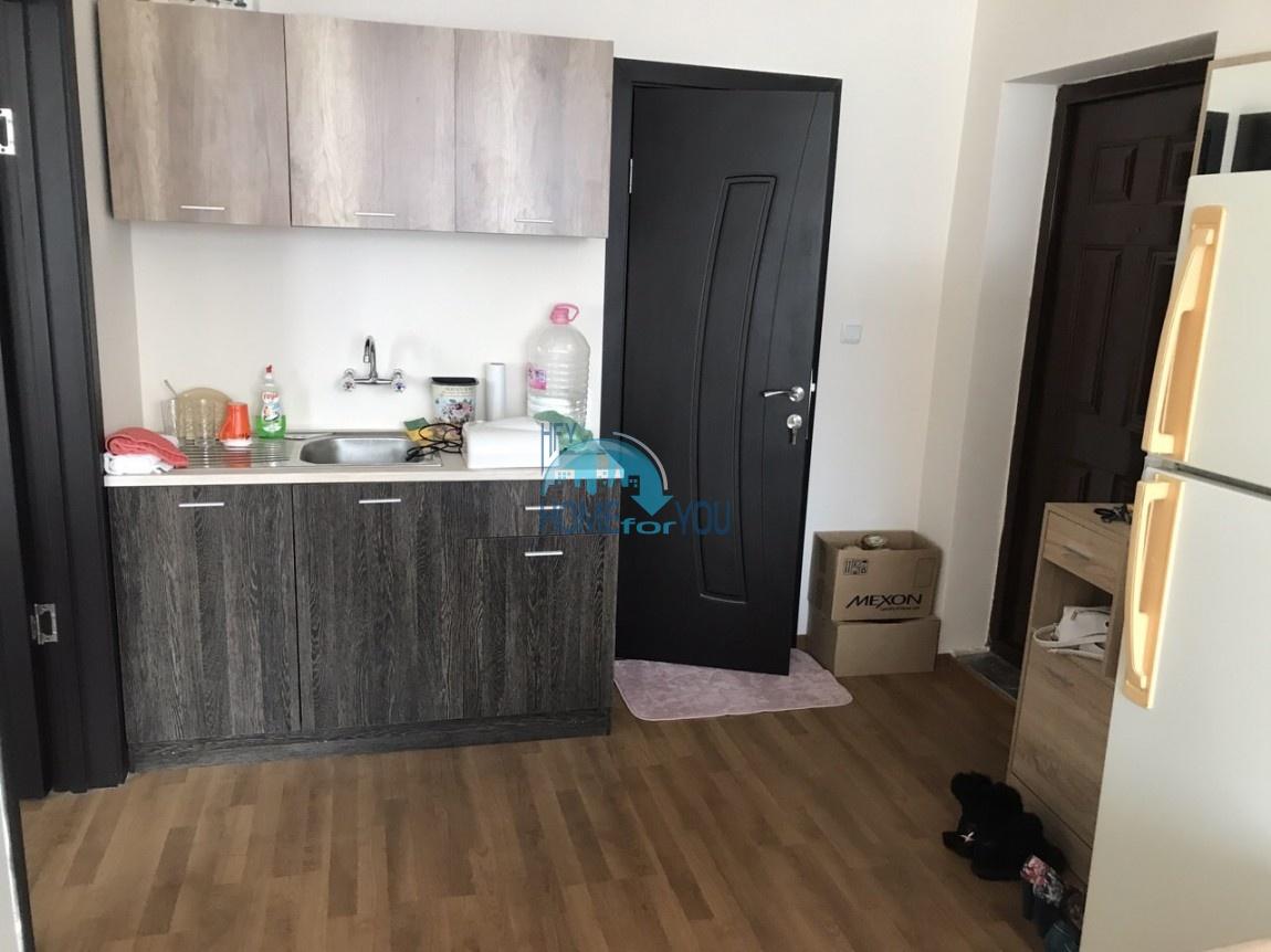 Меблированная двухкомнатная квартира в Несебре 4