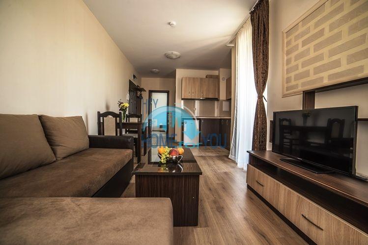 Отличная двухкомнатная квартира на продажу в городе Несебр 3