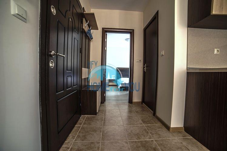 Отличная двухкомнатная квартира на продажу в городе Несебр 5