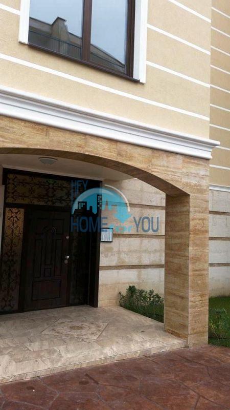 Отличная двухкомнатная квартира на продажу в городе Несебр 13