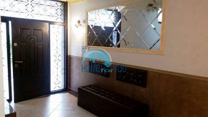 Отличная двухкомнатная квартира на продажу в городе Несебр 16