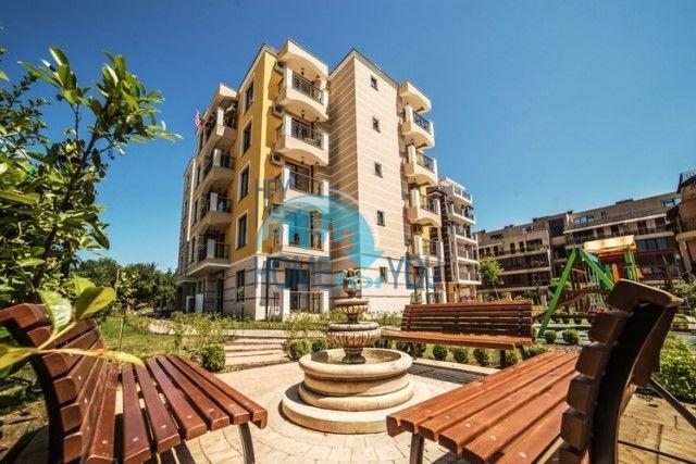 Отличная двухкомнатная квартира на продажу в городе Несебр 17